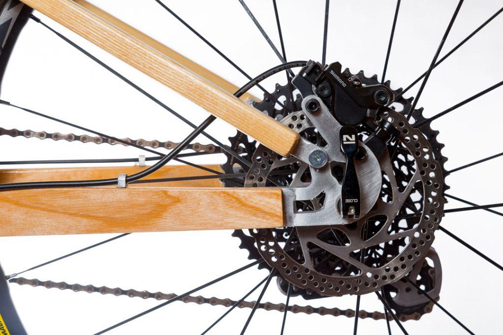 Horský drevený bicykel BIKEMI Wooden Adventurer Natural 29 detail 5