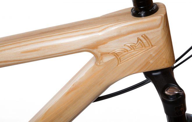 Horský drevený bicykel BIKEMI Wooden Explorer Natural 29 Shimano detail2