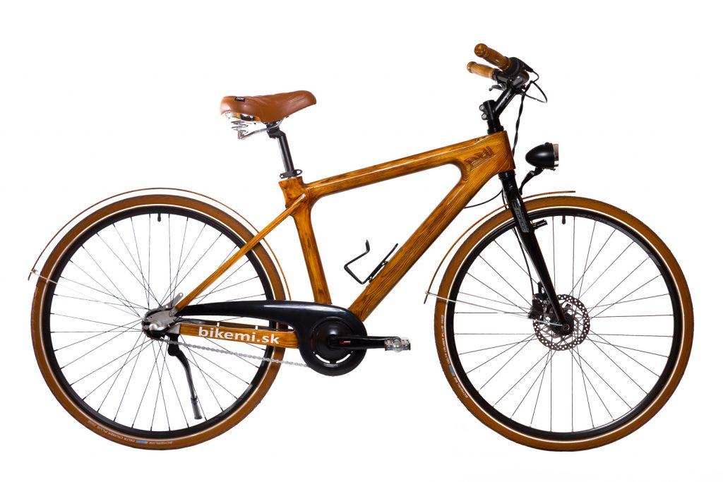 Mestský pánsky drevený bicykel BIKEMI Wooden Gentleman brown hnedý s drevenými doplnkami